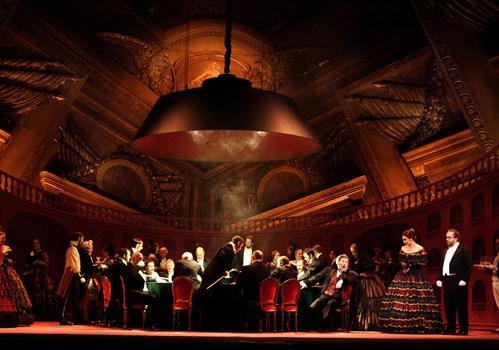 la_traviata__c__catherine_ashmore_499x350